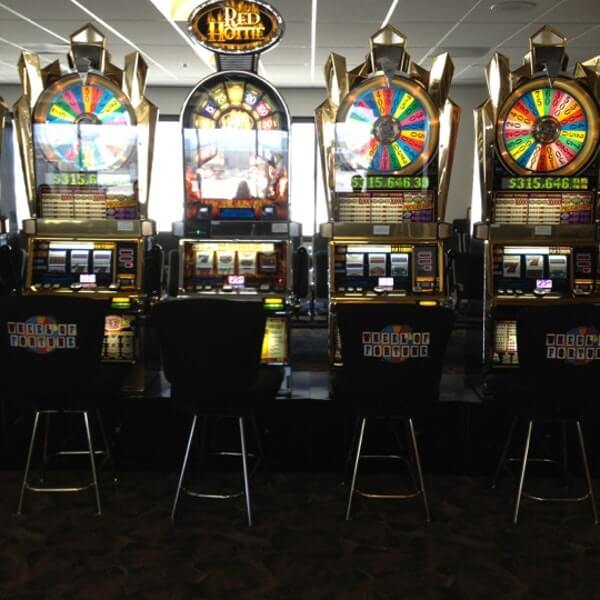 slot machines at Reno-Tahoe International Airport